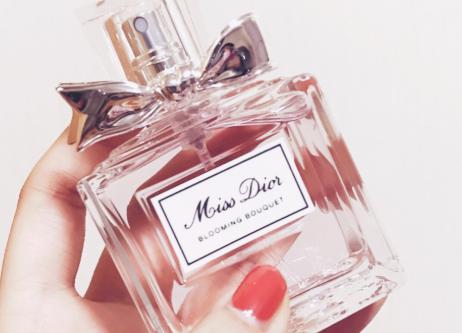 香水知识百科:香水怎么用才正确