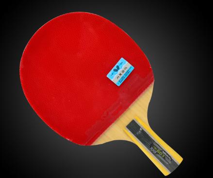 乒乓球拍如何选购 横拍直拍有什么不同