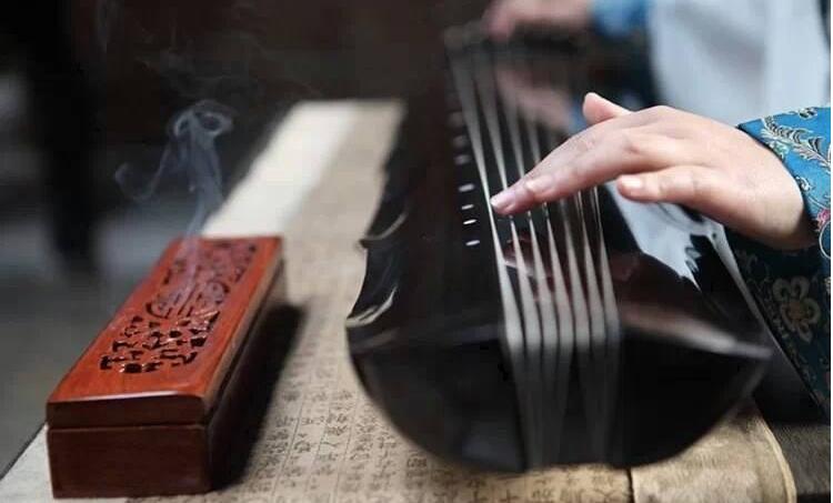 古琴的演奏技巧有哪些 古琴与古筝的区别有哪些