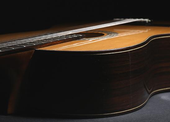 古典吉他怎么挑选 古典吉他和民谣吉他有哪些区别