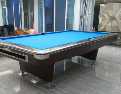 台球桌有哪些分类 台球桌的尺寸如何选择